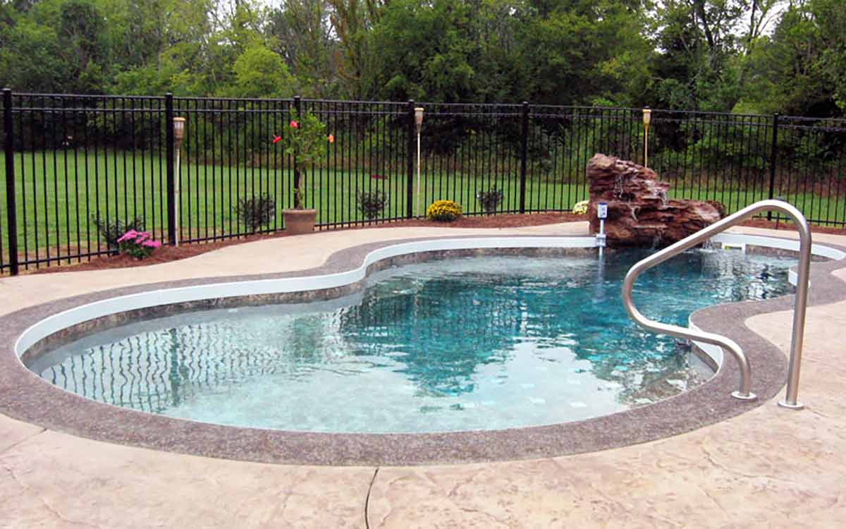 Nebula-fiberglass-pool