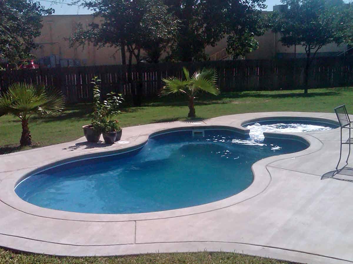 malibu-fiberglass-pool-03