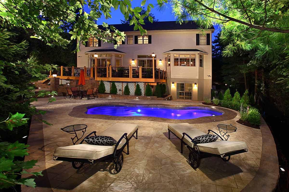 Bermuda-fiberglass-pool