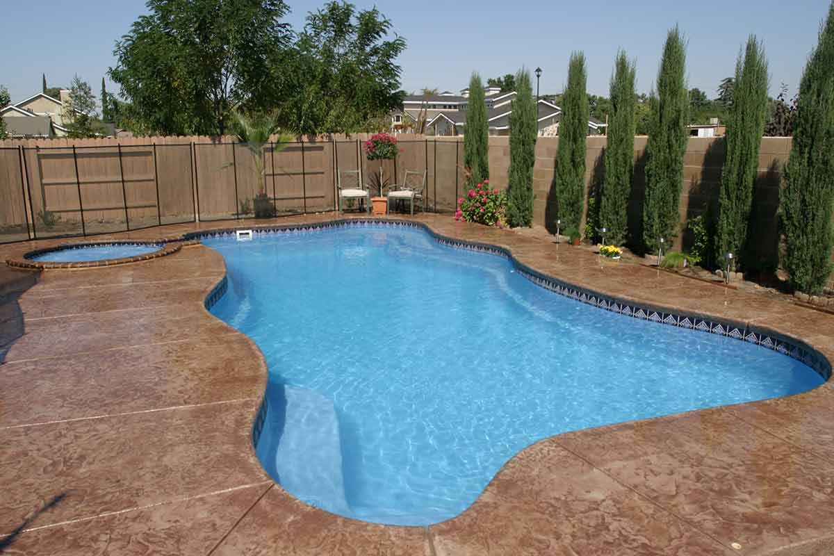 Cambridge-fiberglass-pool-2