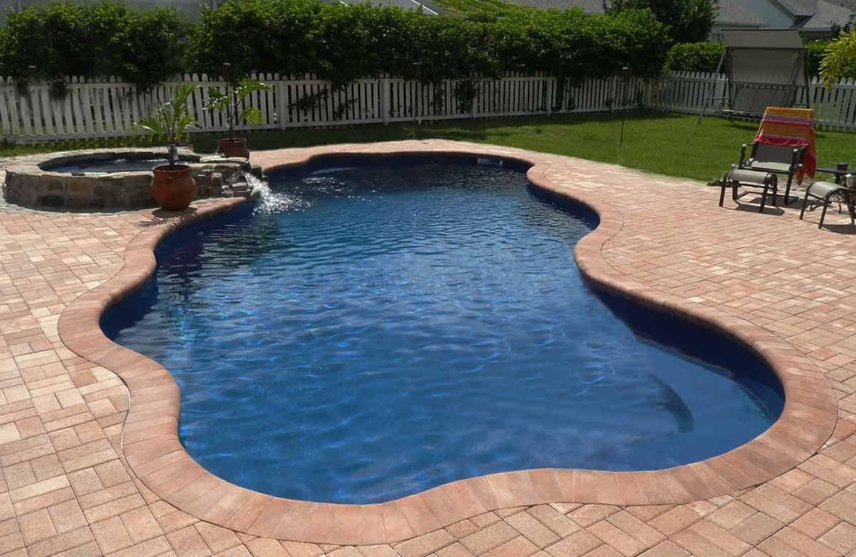 coronado-fiberglass-pool-01