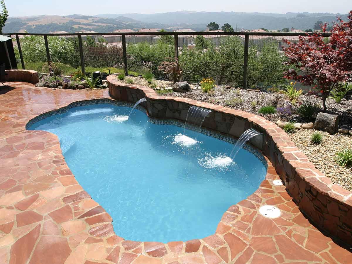 freeport-fiberglass-pool-02