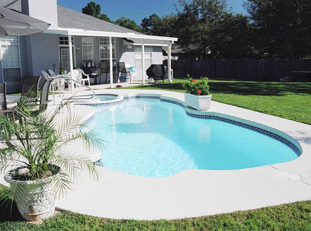 sunset-bay-fiberglass-pool-02