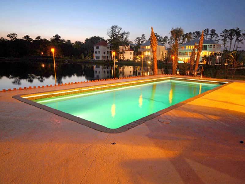 viking-pools-rectangle-claremont-3